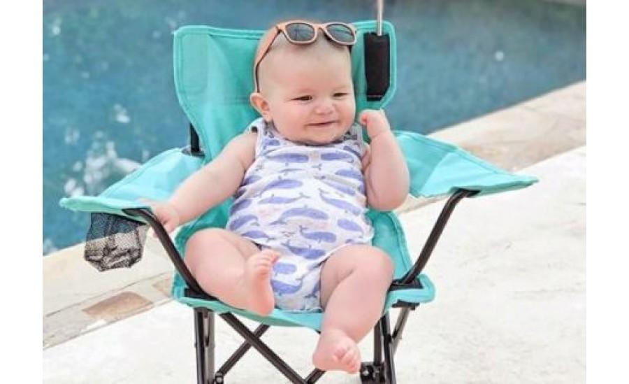 Kaip padėti kūdikiui atsivėsinti karštą dieną?