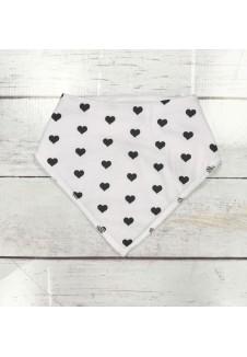 Kaklaskarė juodai balta su širdelėmis